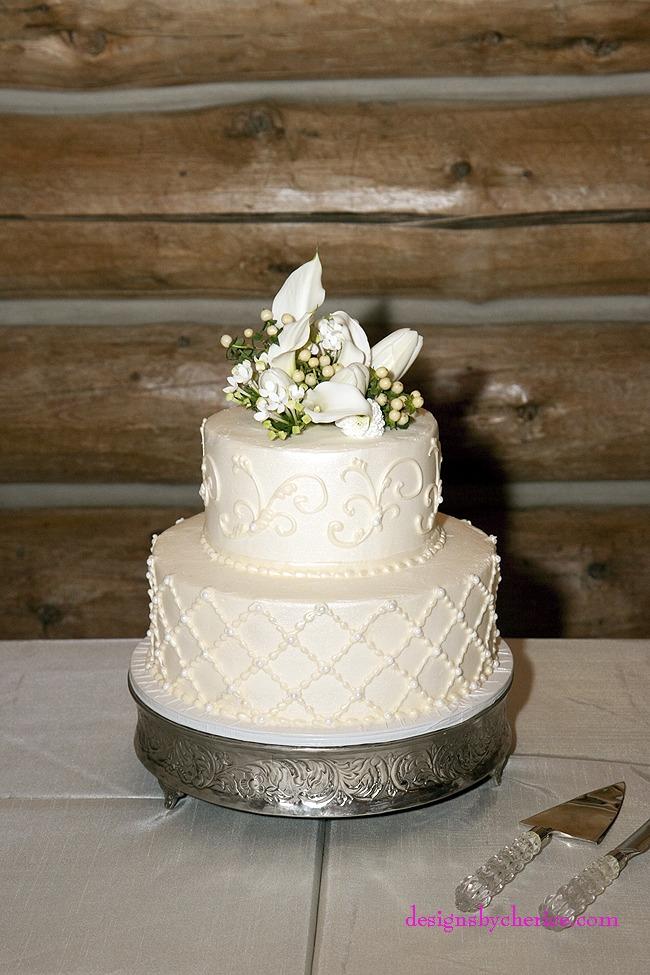 Rustic chic Colorado Mountain wedding cake
