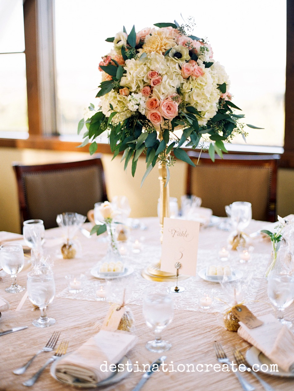 Blush & gold wedding centerpiece